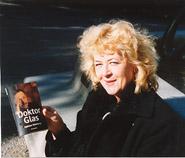 Sigander Helena och Doktor Glas